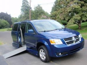 2010 Dodge Caravan WHEELCHAIR ACCESSIBLE VAN,50K MILES