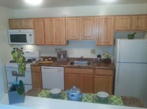 2br -1200ft2 - Free Rent Visit today !!!